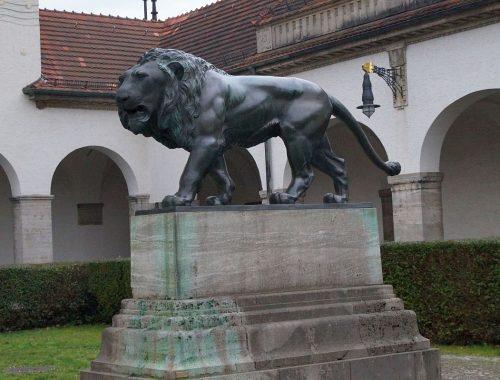 Bad Nauheim Sprudelhof Hessischer Löwe