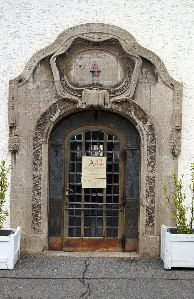 Eingangstür Badehaus 4 Bad Nauheim